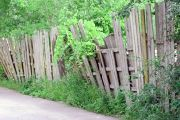 Как правильно демонтировать старый забор