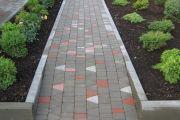 Технология монтажа бетонных бордюров на садовом участке