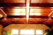 Ремонт потолка и виды потолочных покрытий в частном деревянном доме