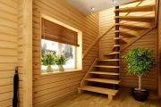 Оборудуем лестницу в дачном доме собственными руками